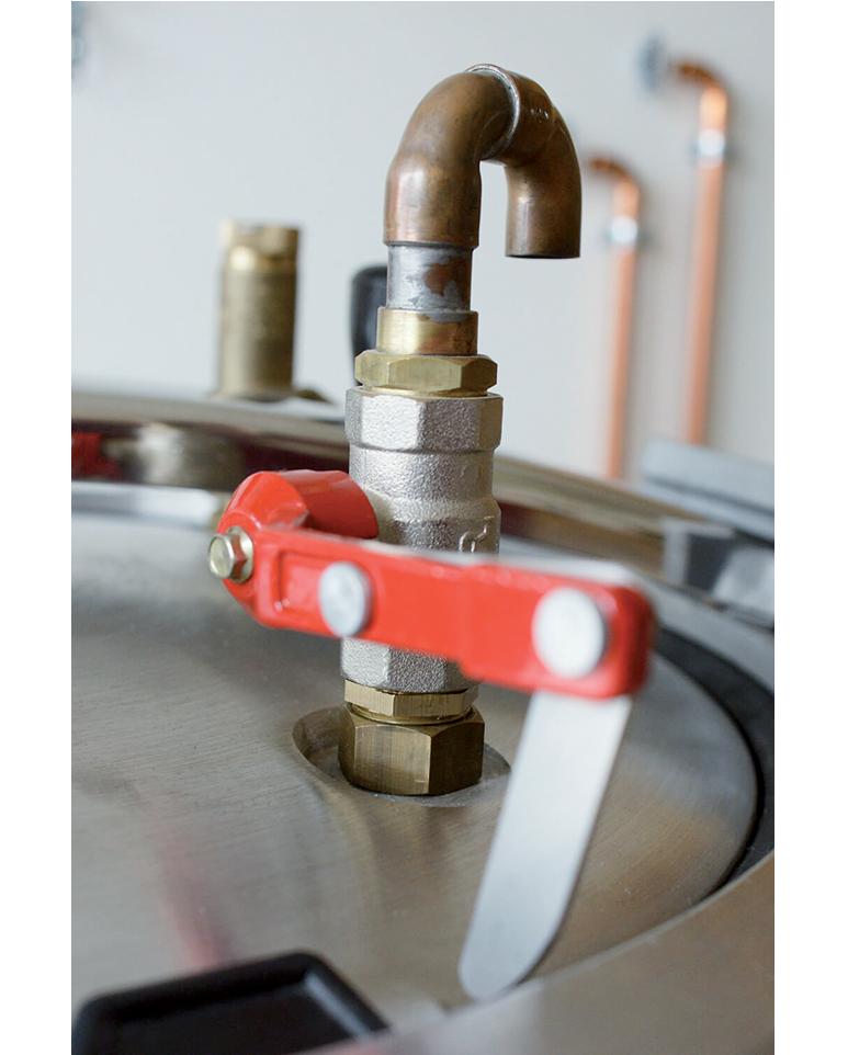 Évacuation de la vapeur de la cuve du stérilisateur